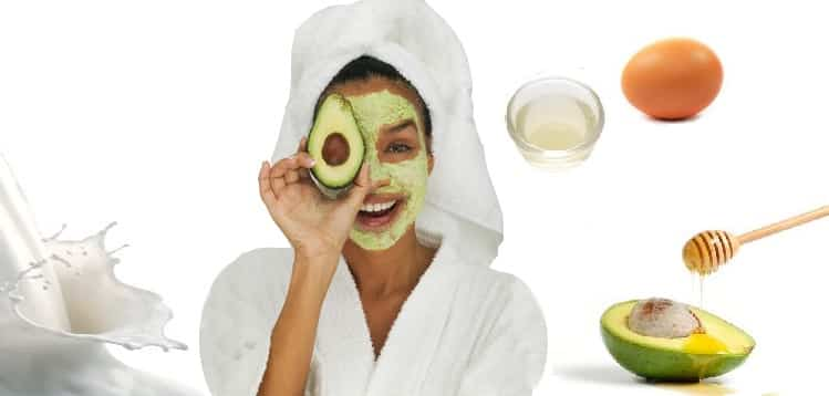 Egg white and avocado face mask (for dry skin)